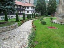 Правоверный монастырь Manasija в Despotovac, Сербии стоковые фото