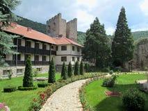 Правоверный монастырь Manasija в Despotovac, Сербии стоковое изображение