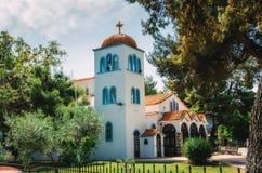 Православная церков церковь Hanioti на penisula Kasandra Halkidiki, Греция стоковая фотография
