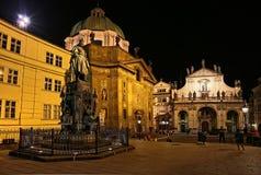 Прага к ноча стоковые изображения