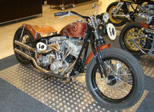 ПРАГА - 13-ОЕ ФЕВРАЛЯ: Ретро мотоцикл гонок. 13-ое февраля 2013 Стоковое Изображение