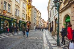 25 01 2018 Прага, чехия - взгляд к улице в старой Стоковое Изображение