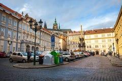 24 01 2018 Прага, чехия - идущ через улицы Стоковое Изображение RF