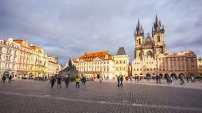 25 01 2018 Прага, чехия - старые городская площадь и церковь o Стоковые Фотографии RF