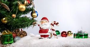 Праздник или Новый Год украшения рождества с Санта Клаусом и sn Стоковое Фото