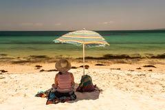 Праздник ослабляет повелительницу пляжа Стоковое фото RF