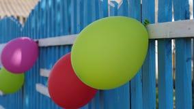 Праздничное украшение праздника с воздушными шарами, загородного дома детей Красивый дизайн праздников цветасто акции видеоматериалы