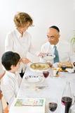 праздновать еврейскую пасху семьи еврейскую Стоковое Фото