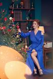 праздновать женщину рождества стоковая фотография rf