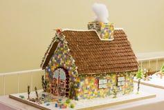 праздники gingerbread рождества застекляя расквартировывают подготовки кладя женщину валов Стоковое фото RF