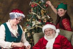 праздник подарков Рожденственской ночи много орнаментов Стоковая Фотография