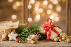 праздник подарков Рожденственской ночи много орнаментов Стоковые Фотографии RF