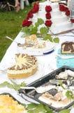 Праздничная плита торта стоковые фотографии rf