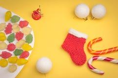 Праздничные игрушки и конфеты Стоковые Изображения