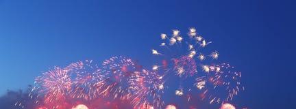 Праздничные красочные фейерверки Стоковые Изображения RF