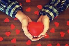 Праздничный подарок Сердце Валентайн дня s Стоковое Фото