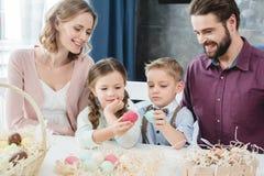 праздновать семью пасхи Стоковое Изображение