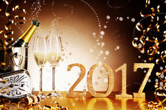 Празднующ 2017 Новых Годов Eve Стоковые Фотографии RF