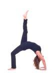 Практикуя йога работает/йога - представление моста - Urdhva Dhanurasana Стоковое Изображение