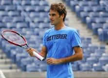 17 практик Роджера Federer чемпиона грэнд слэм времен для США раскрывают 2014 Стоковые Изображения