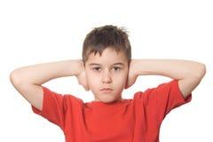 преграждающ уши мальчика его Стоковое Фото