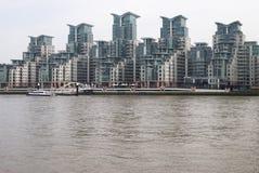 преграждает vauxhall Великобритании башни london Стоковые Изображения