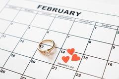 Предложите пожениться День Валентайн, 14-ое февраля на календаре стоковое изображение rf