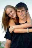 предназначенное для подростков пар счастливое Стоковое Изображение