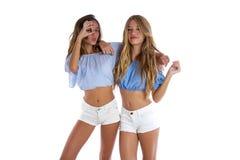 Предназначенные для подростков девушки лучших другов счастливые совместно Стоковое Изображение
