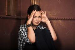 Предназначенный для подростков плакать девушки стоковое изображение