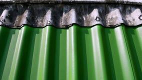Предпосылка верхней части зеленых плиток крыши гипса Стоковые Фотографии RF