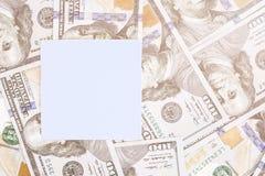 Предпосылка денег с черным модель-макетом Место Copyspace темное для текста Валюта США 100 предпосылок банкнот доллара Стоковое Изображение