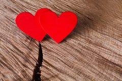 Предпосылка дня валентинки, handmade сердца на древесине, космосе экземпляра Стоковые Фотографии RF