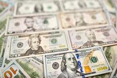 Предпосылка 100 долларовых банкнот Американец денег 100 bi доллара Стоковое фото RF