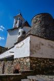 Предпосылка замка Shenborn в украинских прикарпатских горах Стоковые Изображения