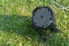 Предпосылка зеленой травы фары СИД Стоковые Фотографии RF