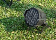 Предпосылка зеленой травы фары СИД Стоковое Изображение