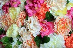 Предпосылка искусственных цветков Стоковое Фото