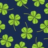 Предпосылка картины реалистического детального зеленого растения клевера безшовная вектор Стоковые Фото