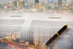 Предпосылка контракта и городского пейзажа стоковые фотографии rf