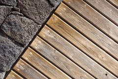 предпосылка красит стену grunge каменную каменная и деревянная стена, деревянная текстура как предпосылка Деревянная стена предпо Стоковые Изображения