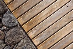 предпосылка красит стену grunge каменную каменная и деревянная стена, деревянная текстура как предпосылка Деревянная стена предпо Стоковое Фото