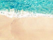 Предпосылка летнего отпуска пляжа песка текстуры воды Стоковое Изображение RF