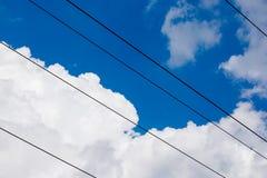 Предпосылка неба башни высоковольтного столба высоковольтная Electricit Стоковая Фотография RF