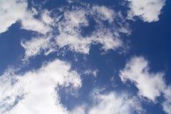 Предпосылка неба и облаков Стоковые Изображения