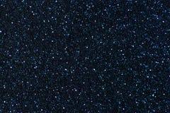 Предпосылка от небольших sequins, крупный план сини военно-морского флота сверкная Гениальный сияющий фон от ткани стоковые фотографии rf