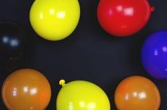 Предпосылка от пестротканых красивых воздушных шаров стоковое изображение rf