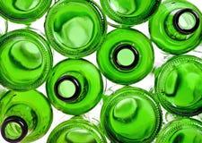 Предпосылка от пустых зеленых бутылок Стоковое фото RF