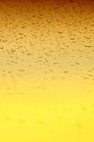 предпосылка падает желтый цвет воды градиента Стоковая Фотография RF