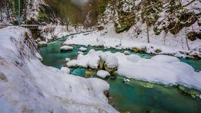 Предпосылка пейзажа горы озера снег стоковое изображение